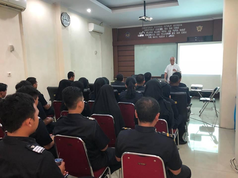 In House Training dari Akeyodia untuk Bea Cukai Ambon