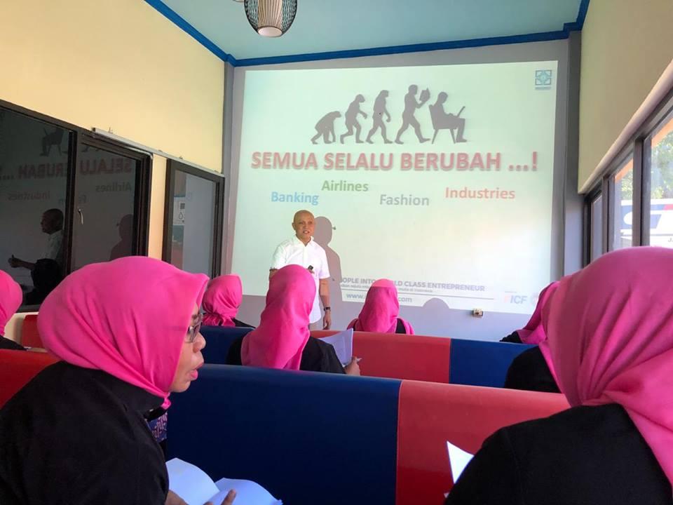 Seminar Kewirausahaan Finance IPEMI Maluku